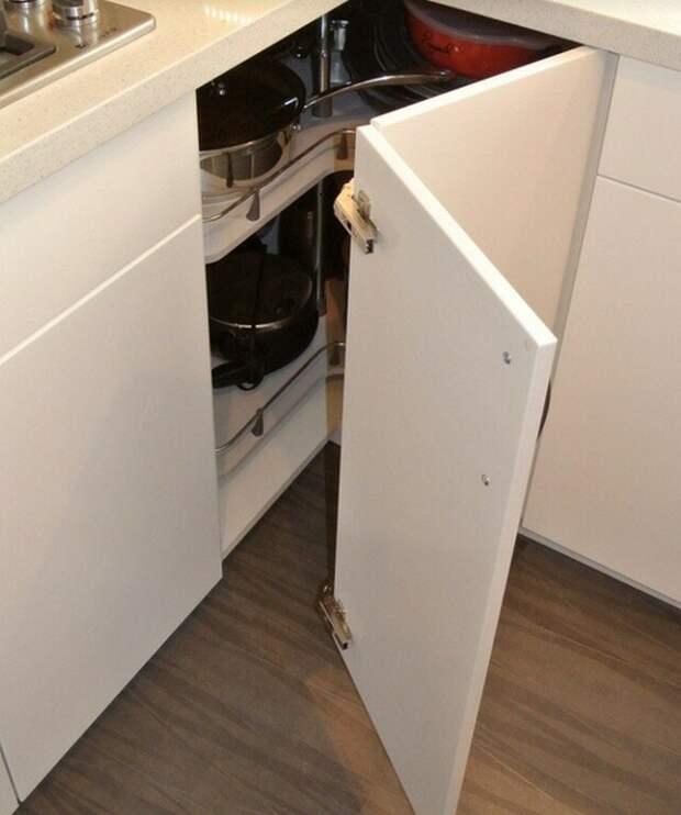Идеи, как с умом задействовать угловой модуль кухонного гарнитура