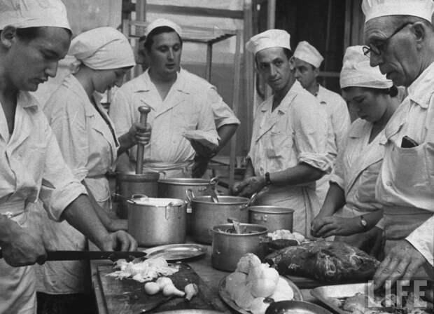 В СССР была, а сейчас нету. Куда исчезла культура приготовления еды