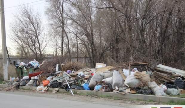 Жители Гая задыхаются отвонипереполненных мусорных площадок