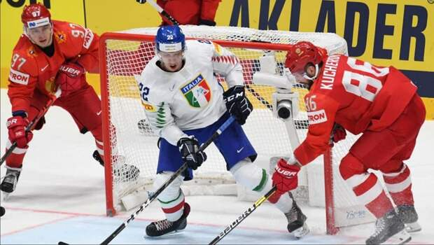 Сборная России на хоккейном чемпионате мира добилась четвертой победы