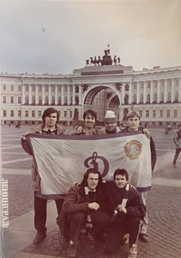 Почему ненавидят «Спартак», кто был первым фанатом. История фан-движения «Динамо»