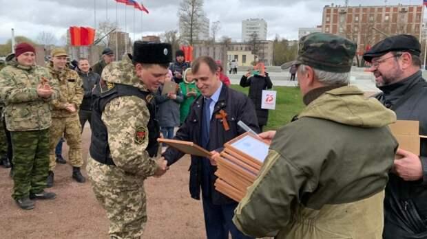 Депутат ГД Сергей Вострецов встретился с ветеранами в День Победы