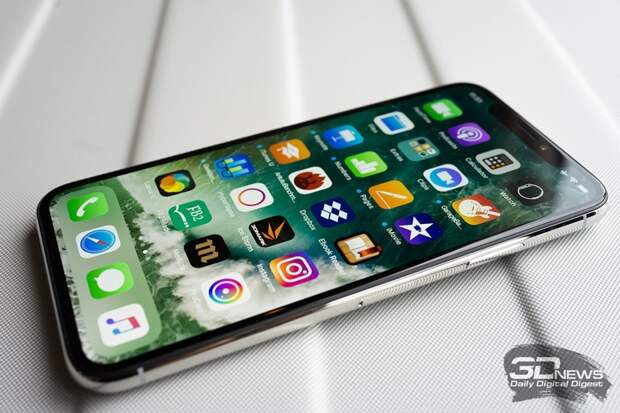На Apple подали в суд за ложные характеристики дисплея iPhone X