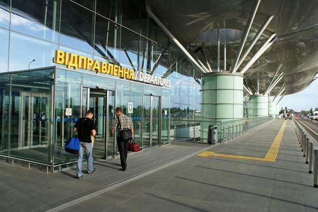 Украина закроет небо для зарегистрированных вБелоруссии самолетов