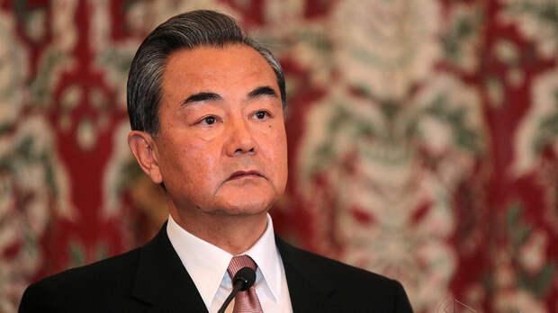 Глава МИД Китая: Муаллем посвятил жизнь независимости и свободе Сирии