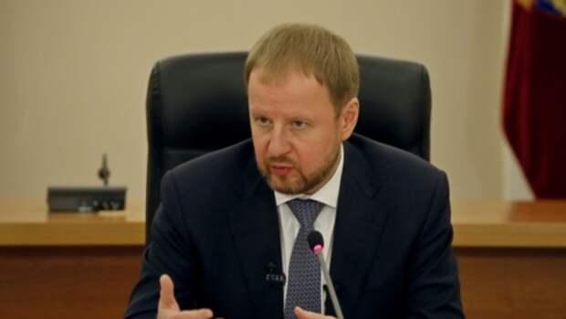 Губернатор Томенко высказал соболезнования семьям погибших при стрельбе в казанской школе