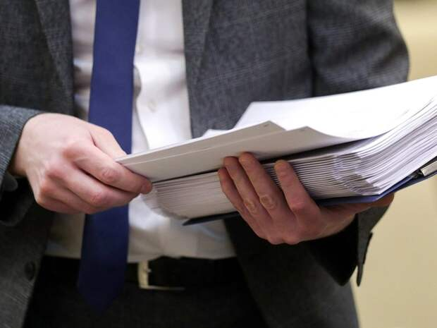 Депутат Вишневский попросил прокуратуру проверить законность принуждения бюджетников к праймериз «Единой России»