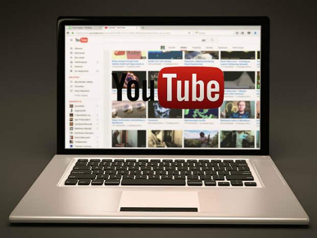 Роскомнадзор потребовал от Googlе снять все ограничения с YouTube-канала RT