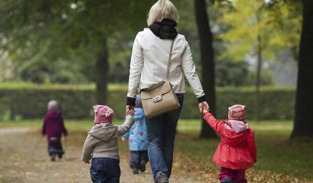 Пособие по уходу за ребенком повысят на 5,8% в 2022 году