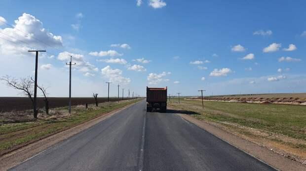 Нормальную дорогу должны сделать в степном Крыму