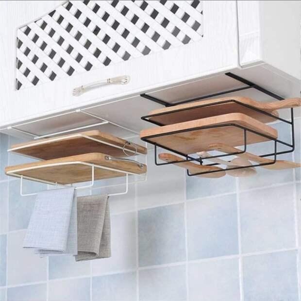 Используя нестандартные места хранения, на кухне можно разместить гораздо больше полезных вещей. /Фото: scontent-arn2-1.cdninstagram.com