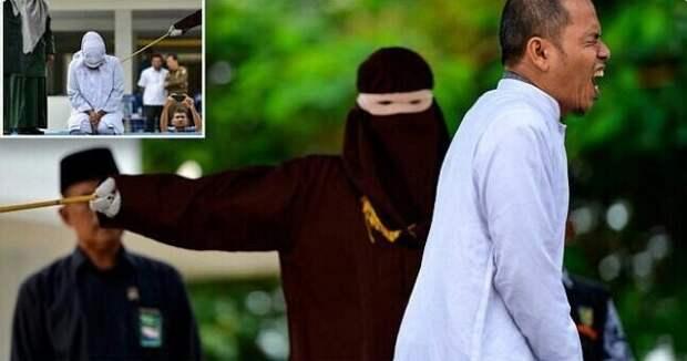 Индонезия: мужчина, который участвовал в принятии законов о публичном наказании за внебрачные отношения, сам был пойман с любовницей и побит палками