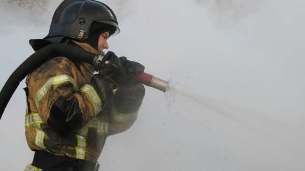 Сотрудники МЧС нашли два трупа на месте пожара на хуторе Степановский