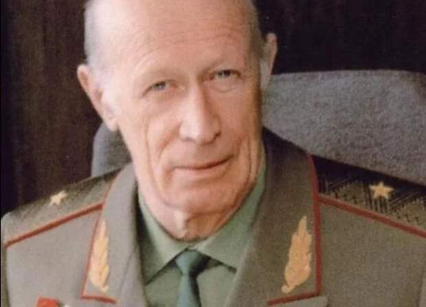 «России уготована участь тельца, который должен быть принесен в жертву» — генерал КГБ Дроздов