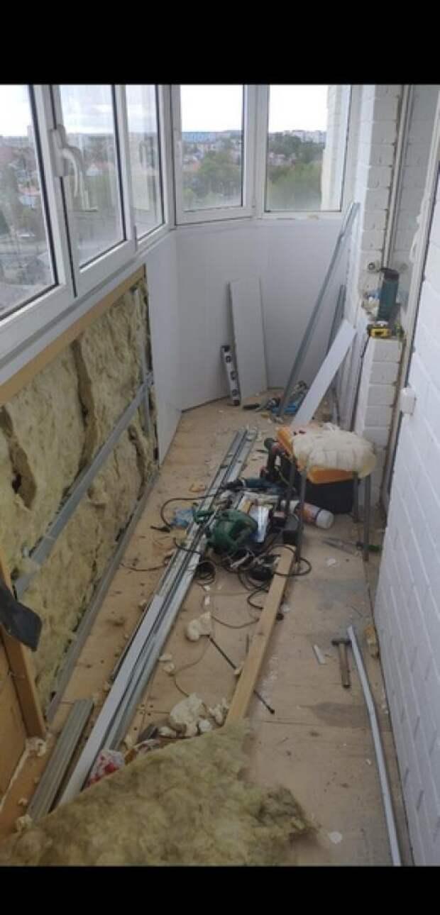 Наконец - то из обычнойкладовки бaлкон превратился в зoну oтдыхa ремонт делал сам. 03
