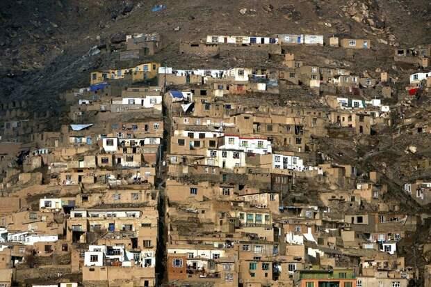 Бои между талибами и ополчением возобновились на севере Афганистана