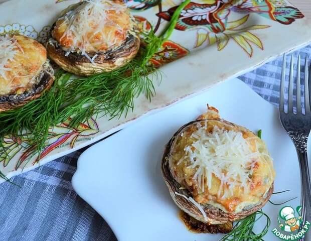 Вкуснейшая закуска: шампиньоны с запеченным яйцом под сырной корочкой!