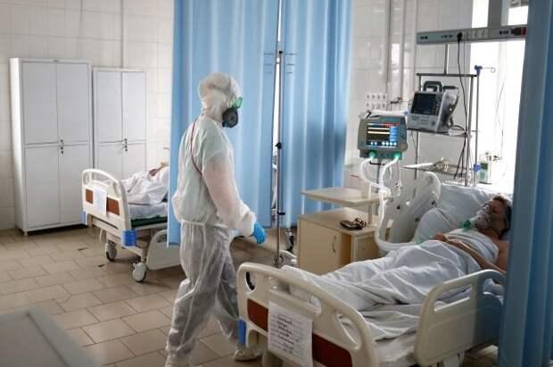 Число заразившихся коронавирусом в России выросло за сутки на 8 386