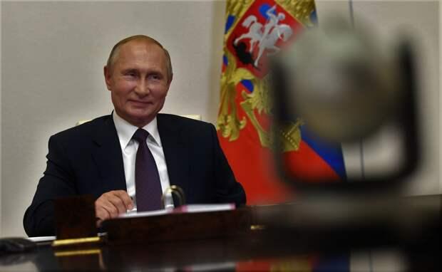 Путин призвал в Крым инвесторов со всей России