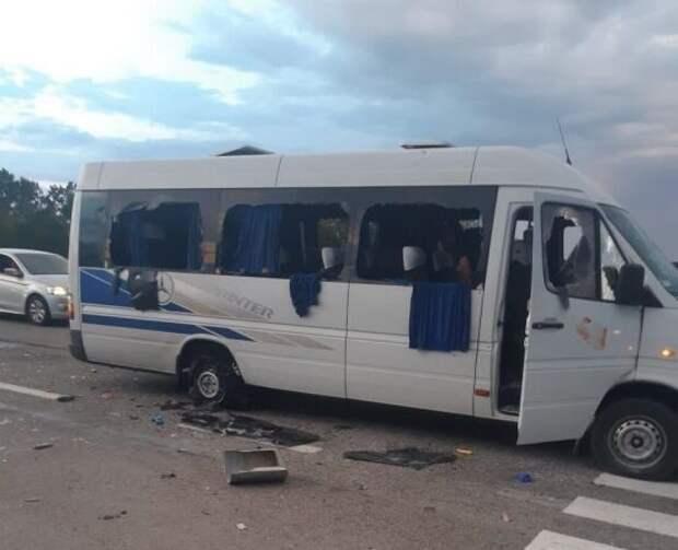 Журавко о расстреле автобуса на Украине: Самое страшное еще впереди