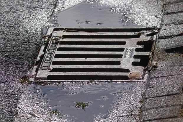 На Шоссейной улице отремонтировали водоприемный колодец — Мосводосток