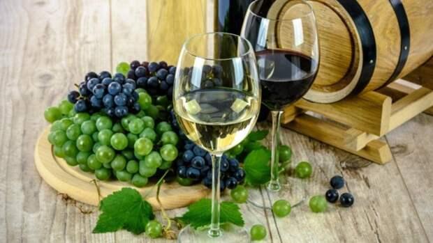 Эксперт назвал наиболее вредный способ употребления алкоголя