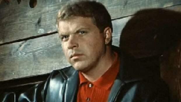«Хозяин тайги» и «Спортлото-82»: самые яркие роли Михаила Кокшенова