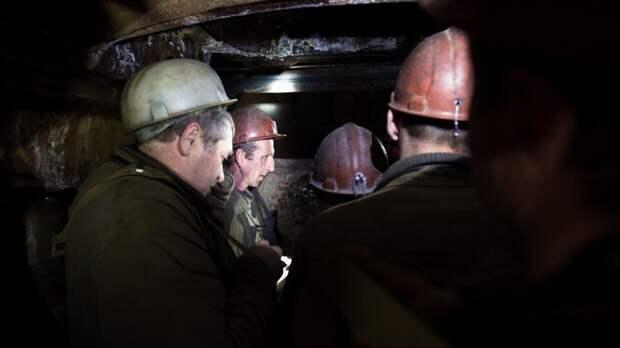 Недовольные зарплатами шахтеры планируют устроить в Киеве массовый митинг