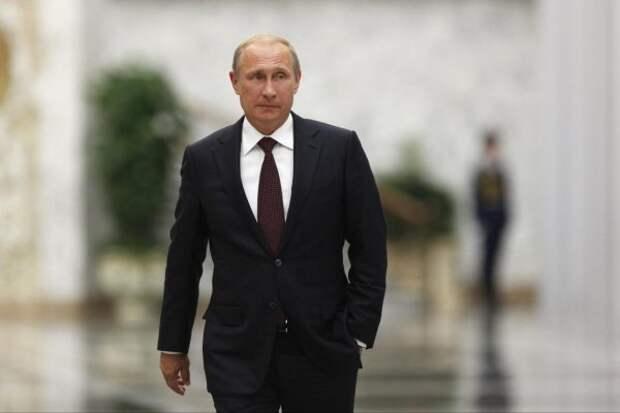 Изменив одно слово в праздничной речи, Путин заручился неожиданной поддержкой британцев