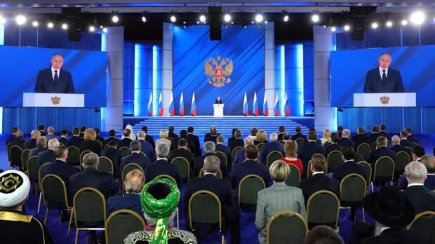 """Он защищает Россию: французы сравнили Путина с """"европейскими мямлями"""""""