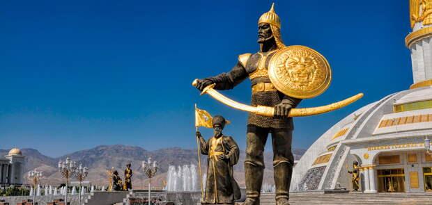 Туркмения объявила войну русскому языку