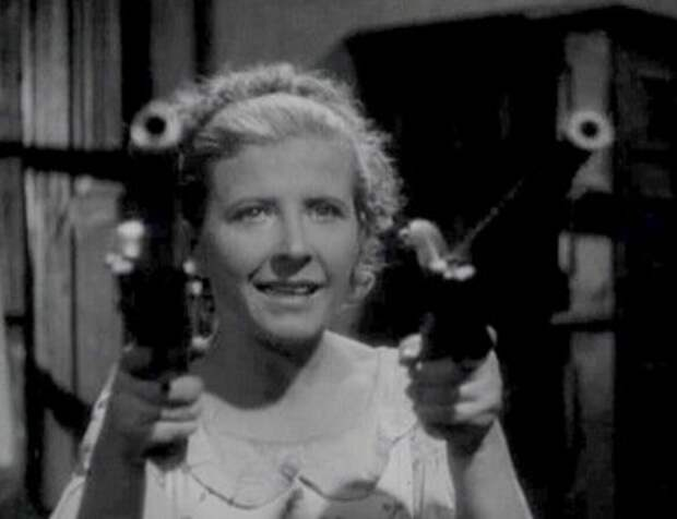 """Кадр из кинофильма """"Остров сокровищ"""" (1937) - из свободных источников"""