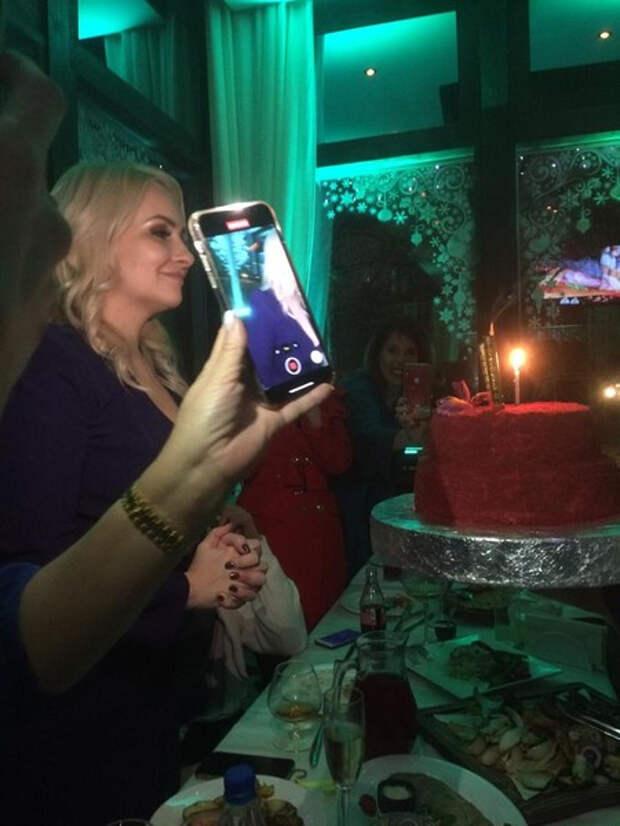 Дочь Валентины Легкоступовой отметила день рождения без брата