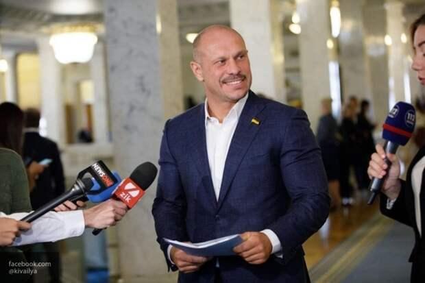 Украинский нардеп Кива пообещал приехать на Парад Победы в Москву