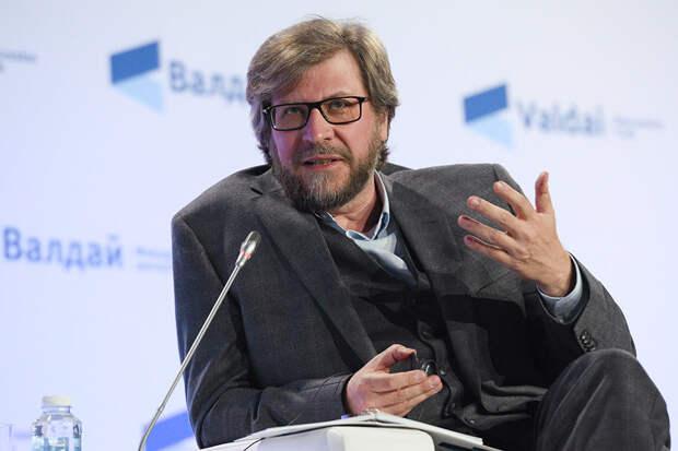 Лукьянов: России не нужны посторонние свахи