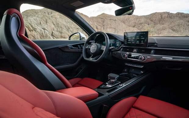 Салон Audi A4/ Фото: thecarconnection.com