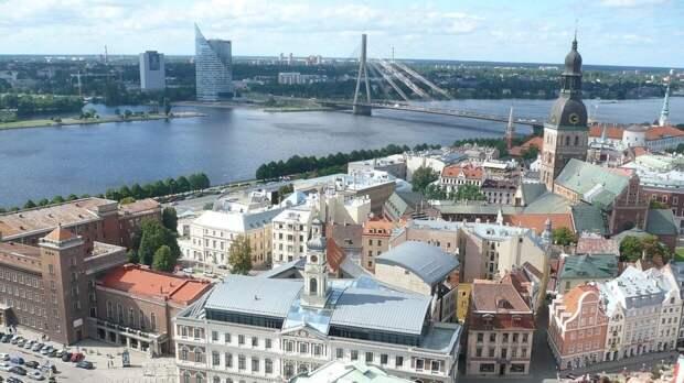 Рижский мэр намерен избавиться от флага Международной федерации хоккея