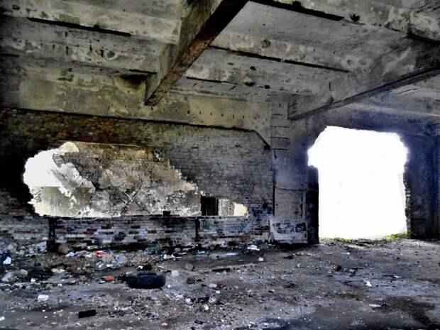 Заброшенный немецкий аэродром Люфтваффе Нойтиф. Начало.