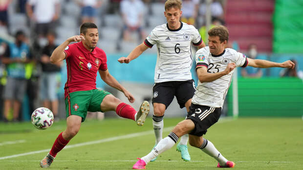 Второе испытание чемпионов Европы: Германия обыгрывает Португалию на Евро-2020