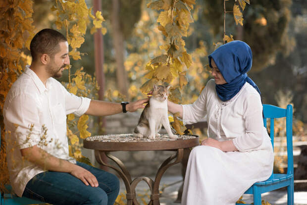 Жители подмосковного посёлка ввели мусульманский дресс-код