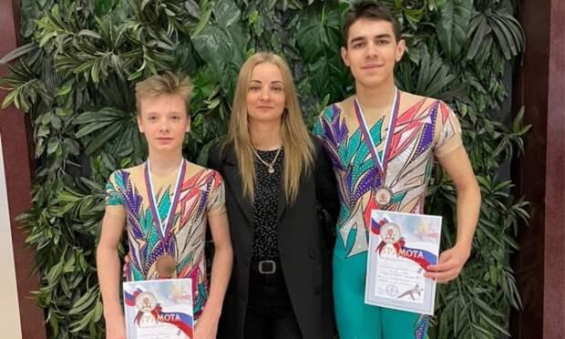 Акробаты Архангельской области стали бронзовыми призёрами всероссийских соревнований