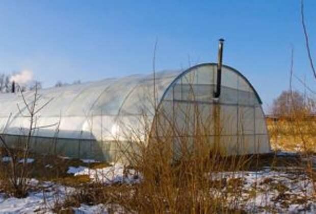 Отопление теплицы из поликарбоната зимой (водяное, газовое, инфракрасное): как отапливать своими руками, видео