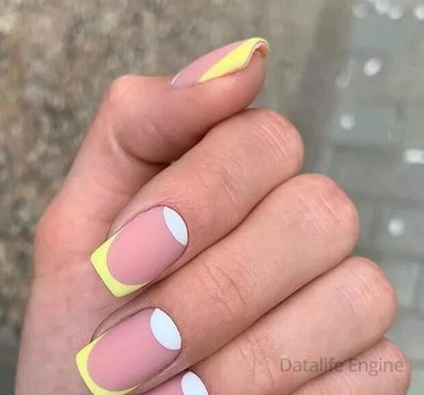 Цветной френч 2022: фото на ногтях, модные тенденции, новинки дизайна