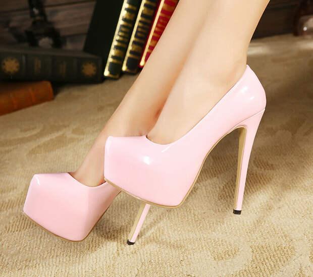 Туфли, которые ассоциируются с пошлостью. /Фото: gw.alicdn.com