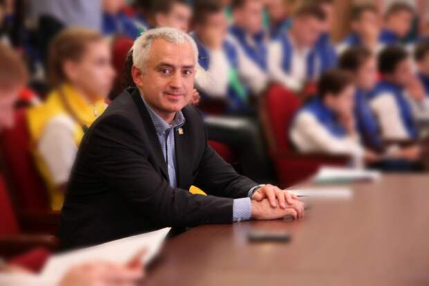 Депутата заксобрания Санкт-Петербурга арестовали по делу о взятке