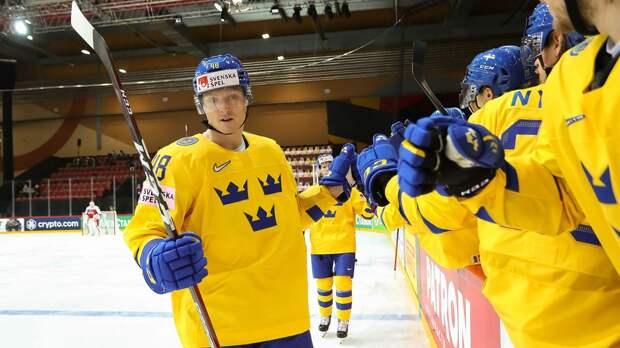 Швеция разгромила сборную Швейцарии на ЧМ, забросив 7 безответных шайб