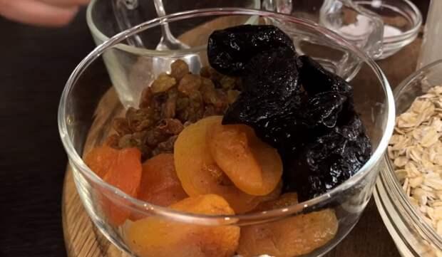 пирог из овсянки на сковороде