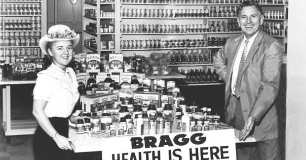 Двойная жизнь доктора Брэгга: о чем всем врал главный в мире популяризатор голодания