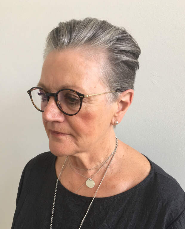стрижка для женщин после 50 лет фото 14