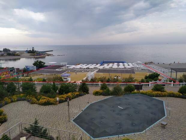 Отель экс-министра обороны Украины закрыл пляж от россиян